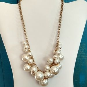 Faux pearl bauble necklace